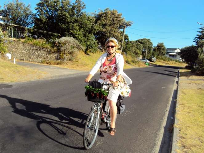 51 J on way to Waihi Restaurant